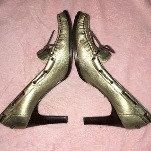 Michael Kors 9-1/2 heels gold tone leather cuties